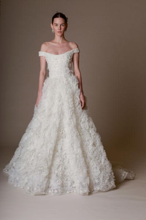 ... a vonalú menyasszonyi ruha - REEM ACRA  Zac Posen  Marchesa ... 3f1c972b0e