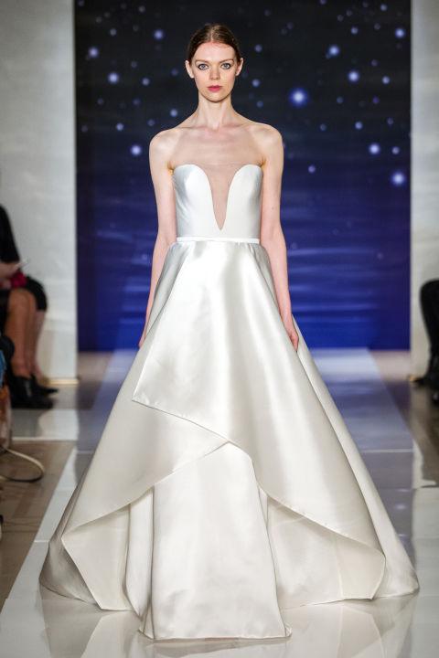 a vonalú menyasszonyi ruha - REEM ACRA 2